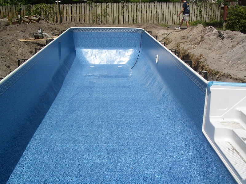 Fiberglass Pools Vinyl Liner Pools And Concrete Pools A Comparison Pt 2 Vinyl Liner Pools